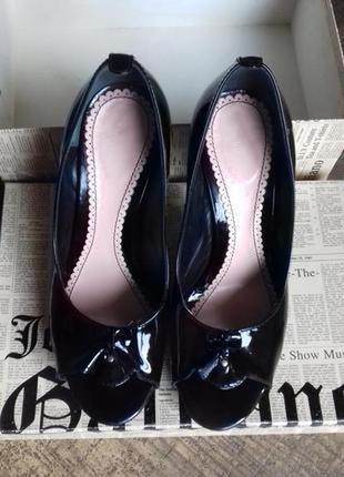 Лаковые кожаные туфли john galliano оригинал