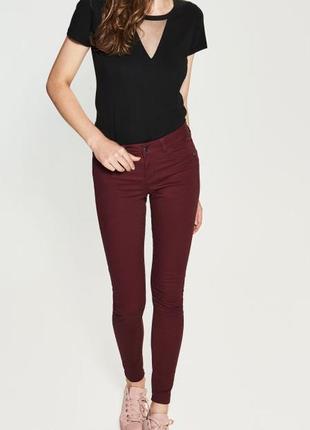 Эластичные джинсы скинни pieces
