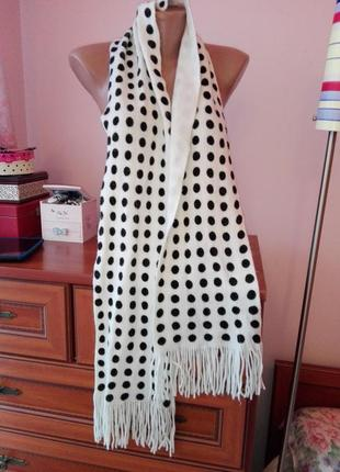 Очень элегантный шарф в горошек1
