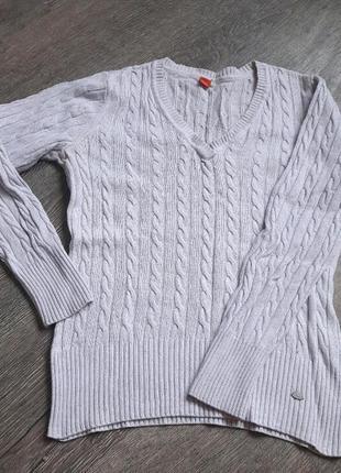 Тоненькие свитерок с косами и v-образным вырезом1