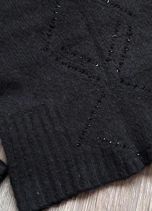 Теплый черный свитер мягкий шерстяной2