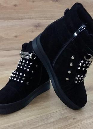 Зимние ботинки стелька 23.5 см. 37 размер маломерят4