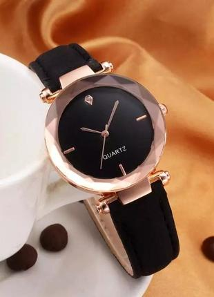 Стильний годинник з чудовим дизайном! часики,часы💣.1