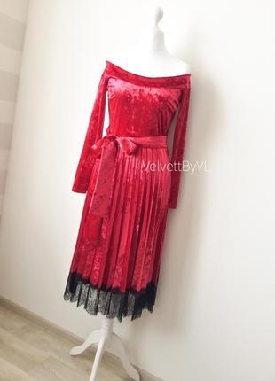 Платье с плиссировкой из бархата с кружевом два пояса разм. l-xl1