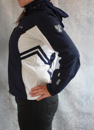 Бесплатная доставка! крутой фирменный софтшел ветровка куртка glissade спорт мастер3