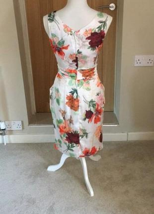 Платье белое шелковое с цветами цветочный принт фирменное на подкладке3