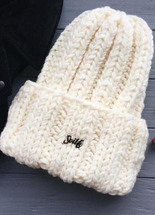 Зимняя шапочка бренда svitle1
