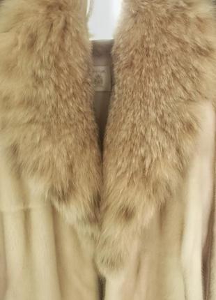 Норковая шуба с воротником из меха рыси4 фото