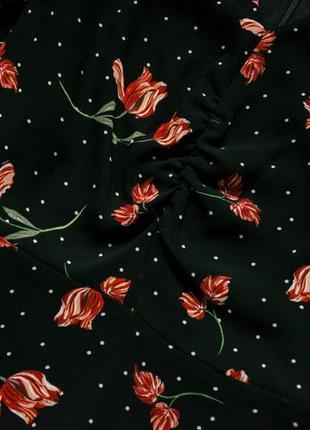 Красивое платье в цветы m&co4