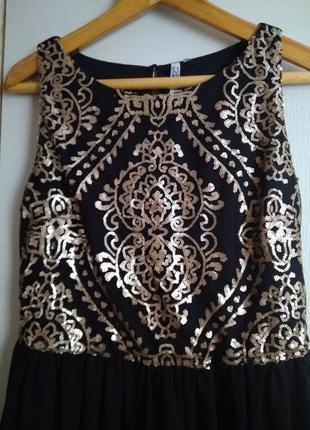 Эффектное нарядное платье с пайетками2
