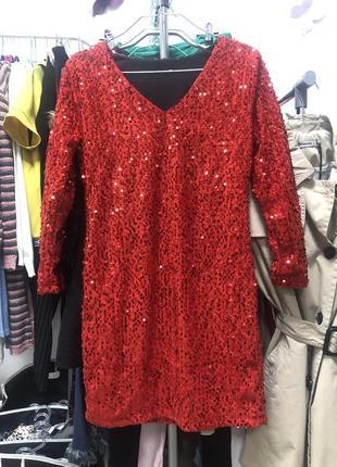 Шикарное платье в паетках2 фото