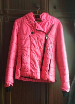 Шикарная яркая теплая лыжная курточка пуховик ярко розовая яскрава рожева лижна куртка1