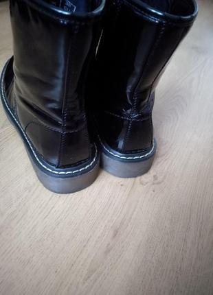 Лаковые ботинки2