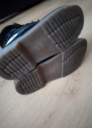 Лаковые ботинки3