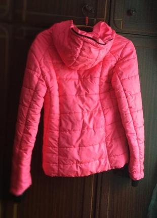 Шикарная яркая теплая лыжная курточка пуховик ярко розовая яскрава рожева лижна куртка3