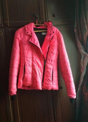 Шикарная яркая теплая лыжная курточка пуховик ярко розовая яскрава рожева лижна куртка2
