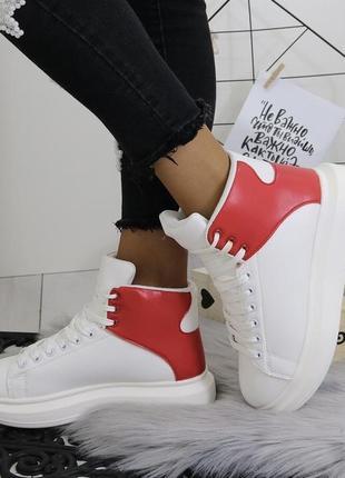 Новые белые зимние кроссовки размер 375