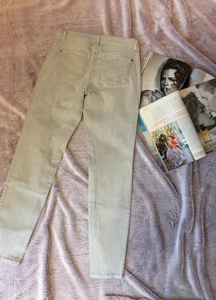 Серые джинсы skinny2