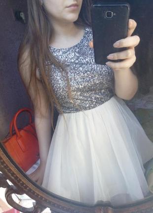 Платье в пайетках1