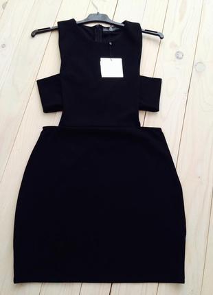 Очень привлекательное вечернее черное платье с вырезами с эффектом утяжки  missguided5