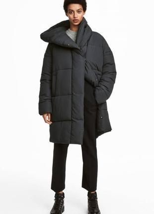 Очень крутая актуальная зимняя оверсайз куртка пальто одеяло от бренда h&m тренд 2018!2