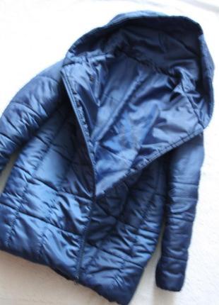 Скидки!!!стильная ,легкая и теплая куртка, на синтепоне,куртка- одеяло.2