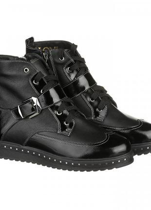 Стильные зимние женские кожаные ботинки на шнуровке лак ремешок гвозди на подошве 36-414