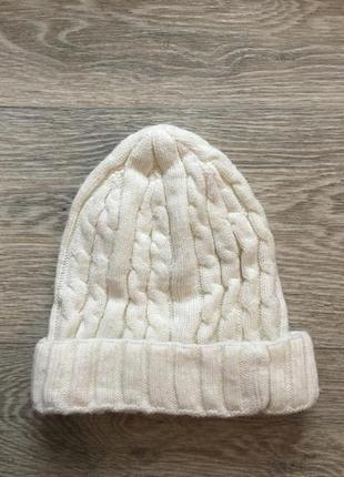 Белая шапка stone island2