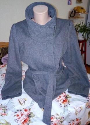 Шерстянное пальто клетка демисезонное нарядное воротник стойка