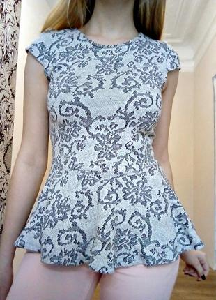 Трикотажная блуза с баской1