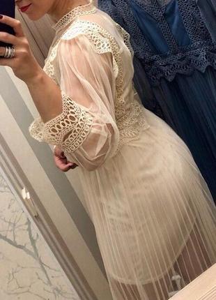 Шикарное платье с кружевом и плиссировкой+платье трикотаж цвет беж, синий длина миди2