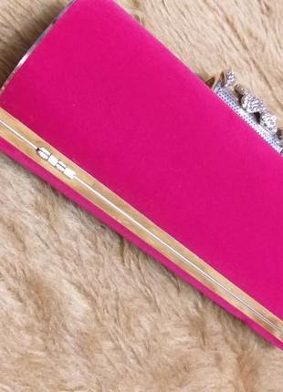 Шикарный бархатный клатч насыщенного красного цвета5
