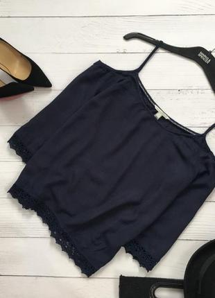 Элегантная блуза с открытыми плечами и кружевом по низу tom tailor1