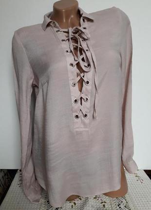 Рубашка- блуза  на заквязках нюдовая1 фото