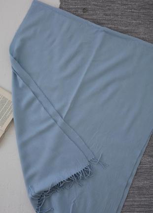 Небесно-голубой шарф с бахромой4
