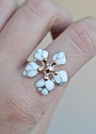 Серебряное кольцо кокетка белое позолота р.191