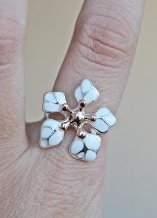 Серебряное кольцо кокетка белое позолота р.193