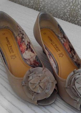 Нарядные туфли-лодочки marco tozzi р.38 германия 24,5 см3