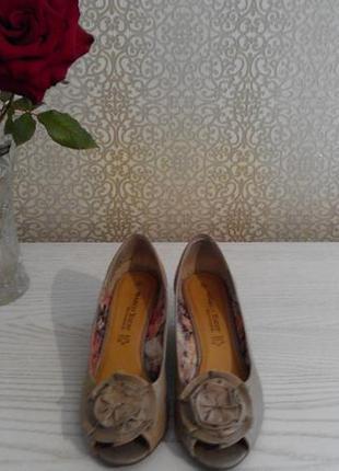 Нарядные туфли-лодочки marco tozzi р.38 германия 24,5 см4