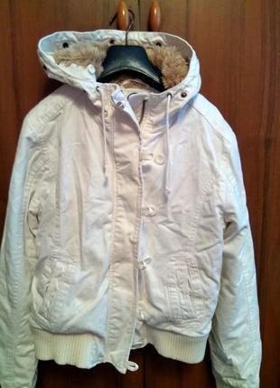 Жіноча джинсова куртка1