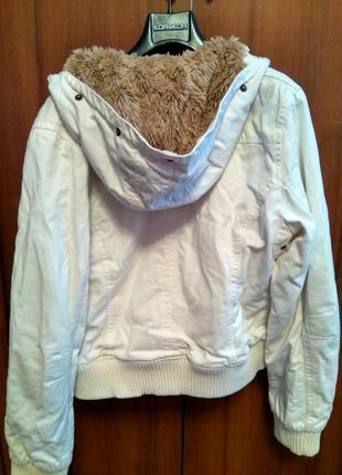 Жіноча джинсова куртка2