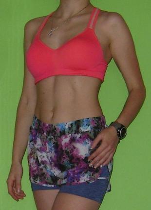 Спорттоп топ для спорта с ажурной нюдовой вставкой pink yoga victoria's secret, м1