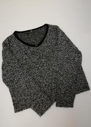 Тёплый приятный свитер серого цвета на молнии1