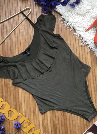 Боди на плечи под замш кофта, блуза, футболка, майка, топ с рюшами, волан, хаки