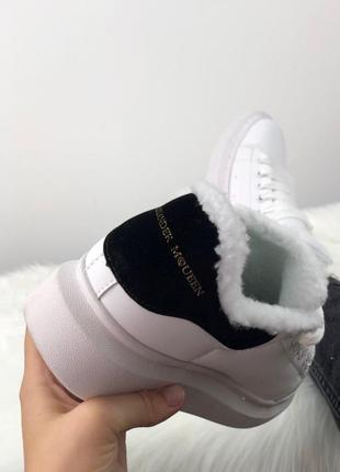 Зимние белые женские кроссовки  разные размеры в наличии2
