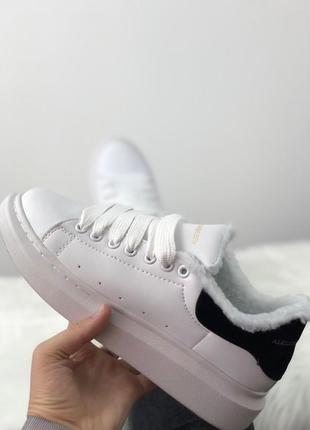 Зимние белые женские кроссовки  разные размеры в наличии3