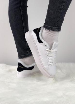 Зимние белые женские кроссовки  разные размеры в наличии1