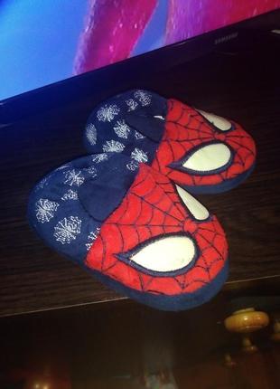 Домашние тапочки spider man