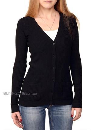 Черный кардиган на пуговицах кофта декольте свитер вязка в рубчик pull&bear1