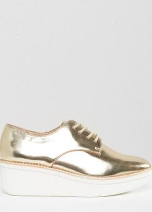 Золотые кожаные броги туфли на платформе шнуровка металлик хайтоп высокие кожа aldo1